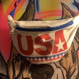 Handbags - Vintage USA Canvas Fanny Pack
